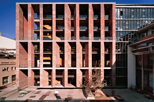 Alejandro Aravena - Medical School Universidad, Catolica de Chile