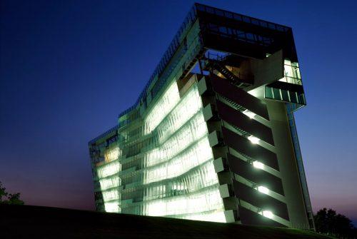Morphosis - Architects - Thom Mayne - Roland Halbe